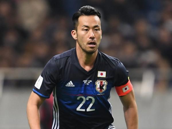 吉田麻也の実力では3バック、4バックどちらが適しているのか?